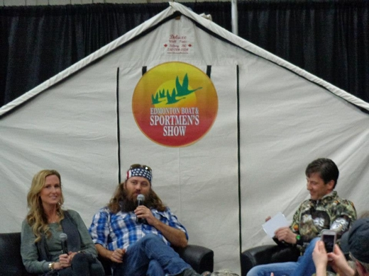 Korie and Willie Robertson from Duck Dynasty sitting in front of a Deluxe wall tent at the Edmonton Sportsman Show 2013.  sc 1 st  Deluxe Wall Tents & Customeru0027s Testimonials and Pictures