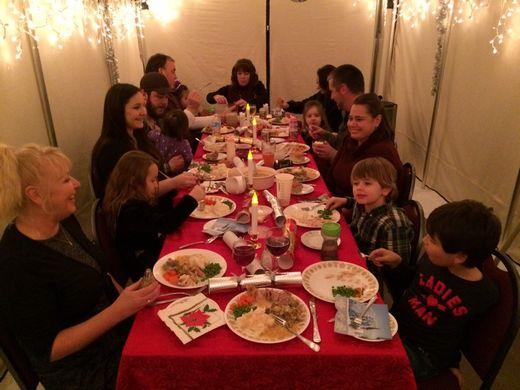Christmas tent 2015_tn